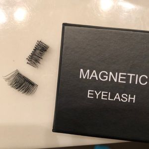 Magnetic eyelashes NWOT